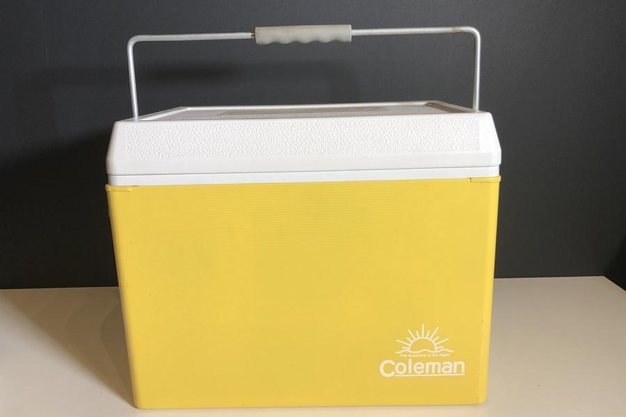 Coleman コールマン レトロスチールクーラー 28QT イエロー